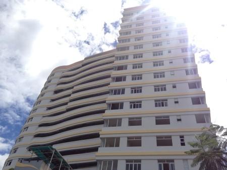 Long Phụng Apartment