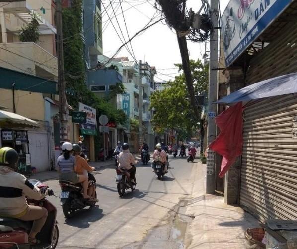 Mặt bằng cho thuê trên đường Nguyễn Trọng Tuyển Phú Nhuận